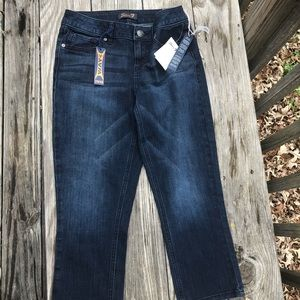 NWT Seven7 Womens Skinny Capri Jeans-4 Way Stretch